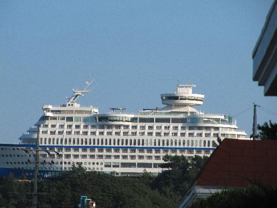 sun-cruise-hotel.jpg