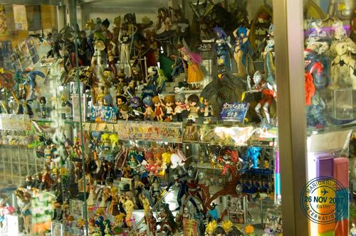 akihabara_toys.jpg