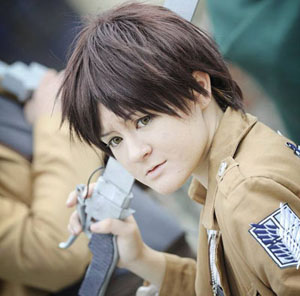 eren_jaeger___snk_cosplay_by_tessacrownster-d6u6v34.jpg